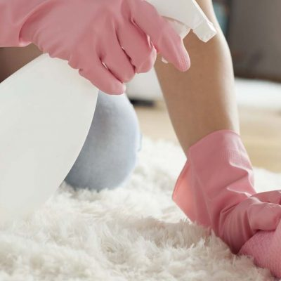 How do you clean carpet with baking soda