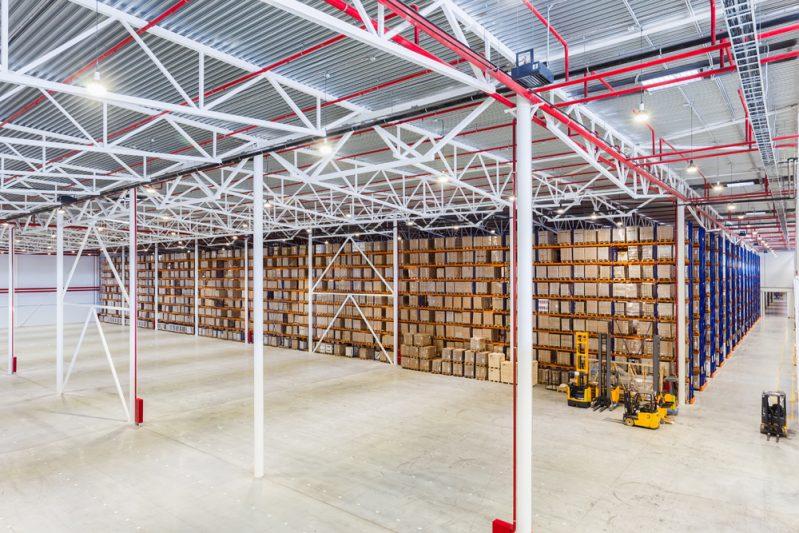Servicios de limpieza de almacenes industriales
