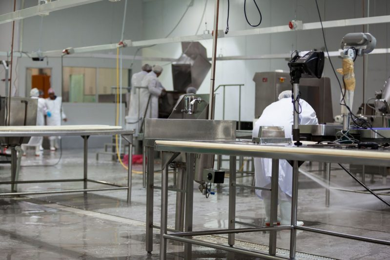 Cleaning service for factories in Panama