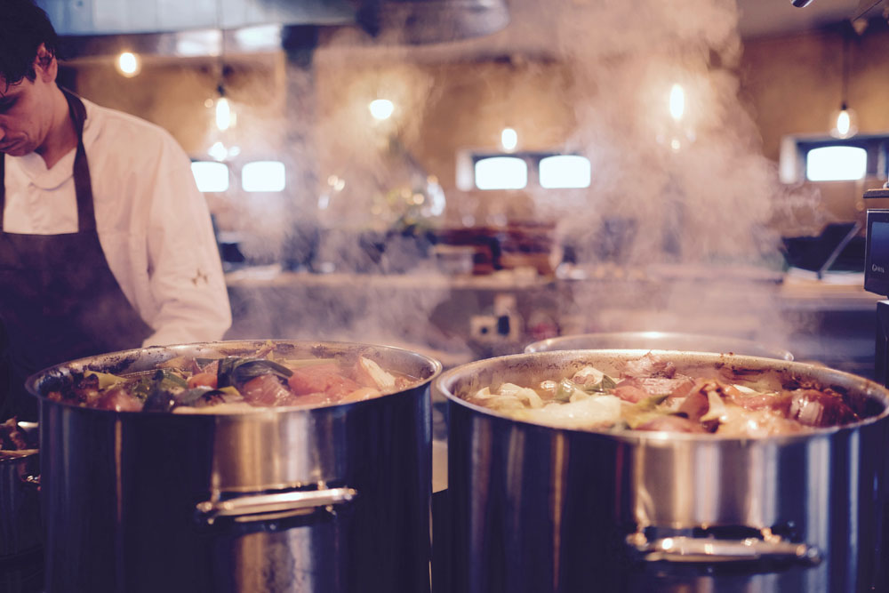 Restaurant Kitchen Deep Cleaning Services