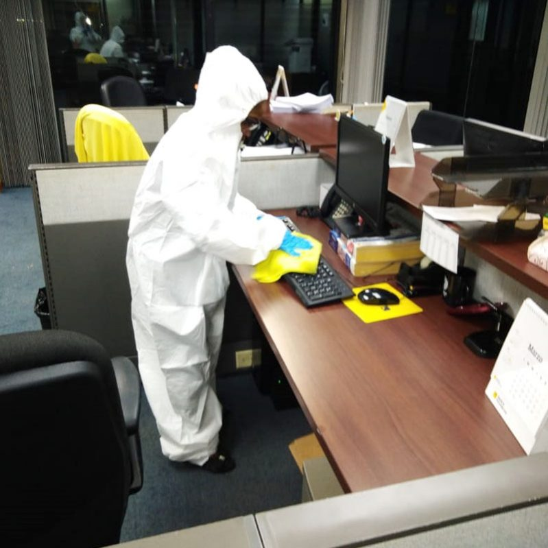 Commercial deep cleaning services of COVID-19 in Panama