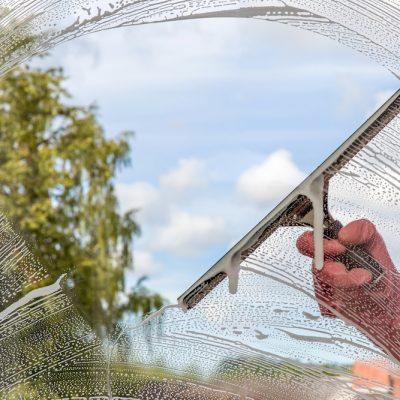Limpieza de ventanas y cristales en Panamá